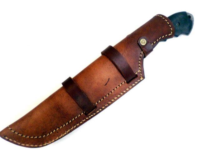 Beautiful-Damascus-Steel-Hunting-Tracker-Knife-High-Quality