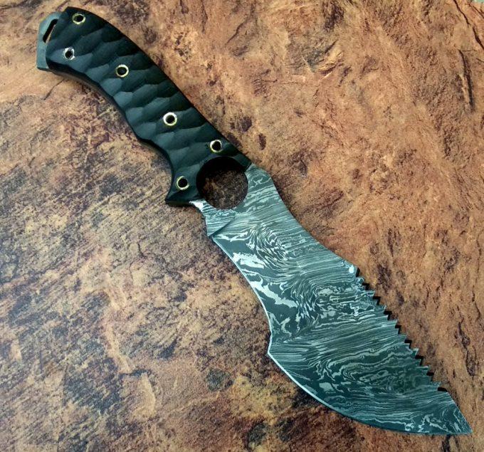 Custom-Handmade-Damascus-Steel-Hunting-Tracker-Knife-With-Micarta-Handle