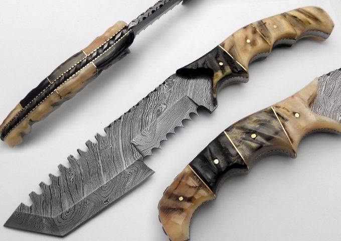 Custom-Handmade-Damascus-Steel-Hunting-Tracker-Knife-With-Sheep-Horn-Handle
