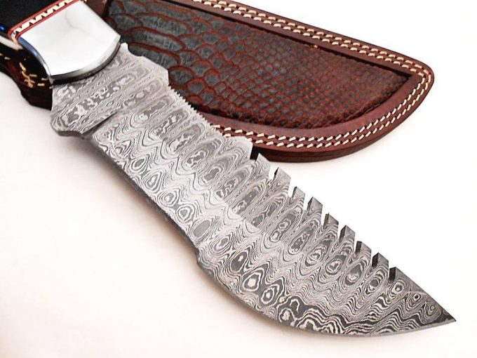 Damascus-Steel-Hunting-Tracker-Knife-With-Black-Bull-Horn-Handle