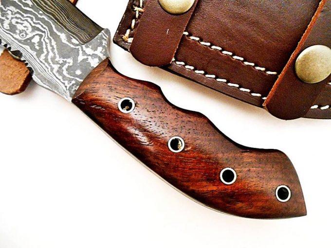 Handmade-Damascus-Steel-Hunting-Tracker-Knife