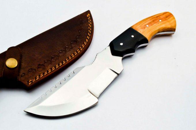 Custom-Handmade-D2-Steel-Hunting-Tracker-Knife-Olive-Wood-And-Black-Micarta-Handle-With-Leather-Sheath