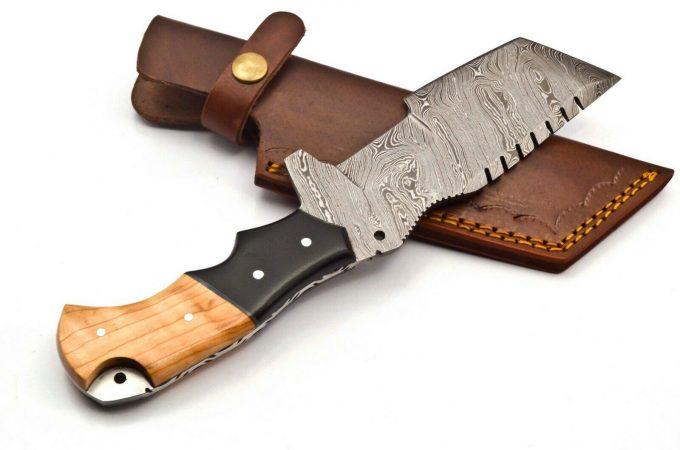 Custom-Handmade-Damascus-Steel-Hunting-Tracker-Knife-With-Olive-Wood-And-Black-Micarta-Handle