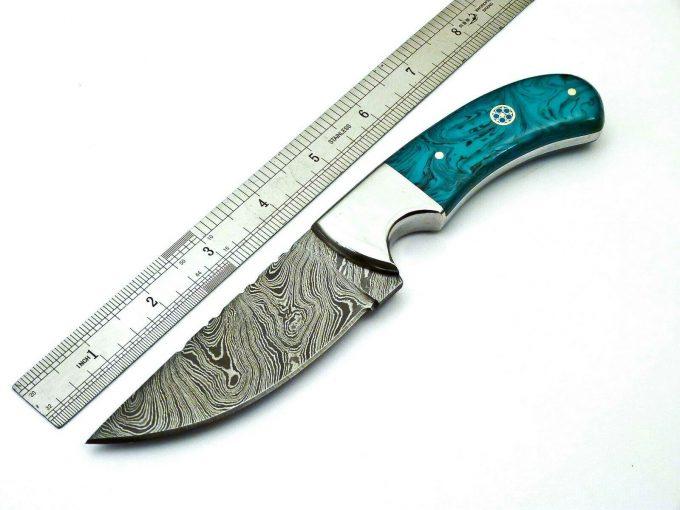 Damascus-Steel-Hunting-Skinner-Knife-Custom-Handmade-Resin-Sheet-Handle
