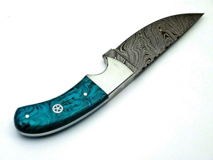 Damascus-Steel-Hunting-Skinner-Knife-Resin-Sheet-Handle