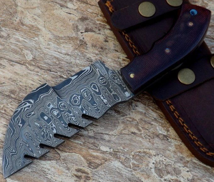 Damascus-Steel-Hunting-Tracker-Knife-With-Micarta-Handle