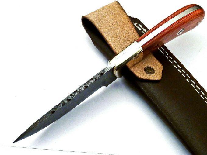 Damascus-Steel-Skinner-Knife