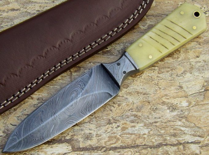 Damascus-Steel-Hunting-Dagger-Knife-With-Camel-Bone-Handle