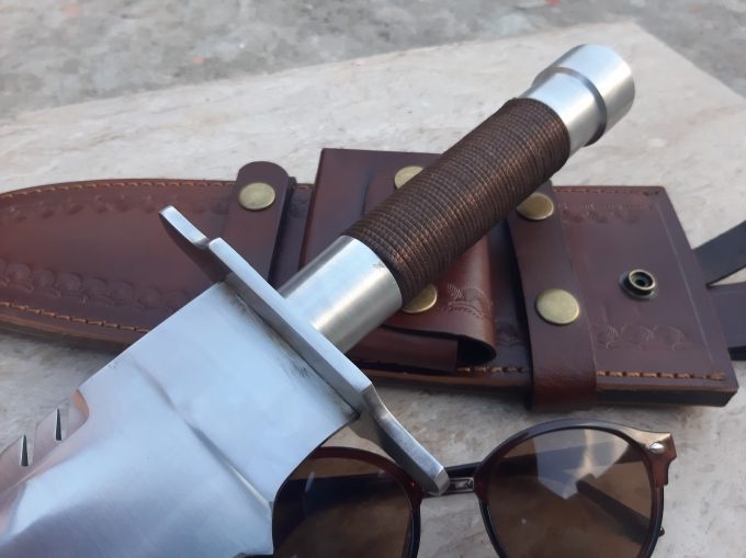 Hunting-Bowie-Knife