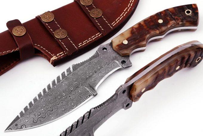 Custom-Handmade-Damascus-Steel-Hunting-Tracker-Knife-Ram's-Horn-Handle-With-Leather-Sheath