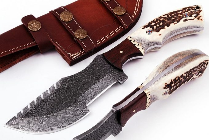 Custom-Handmade-Damascus-Steel-Hunting-Tracker-Knife-Stag-Horn-And-Rose-Wood-Handle-With-Leather-Sheath